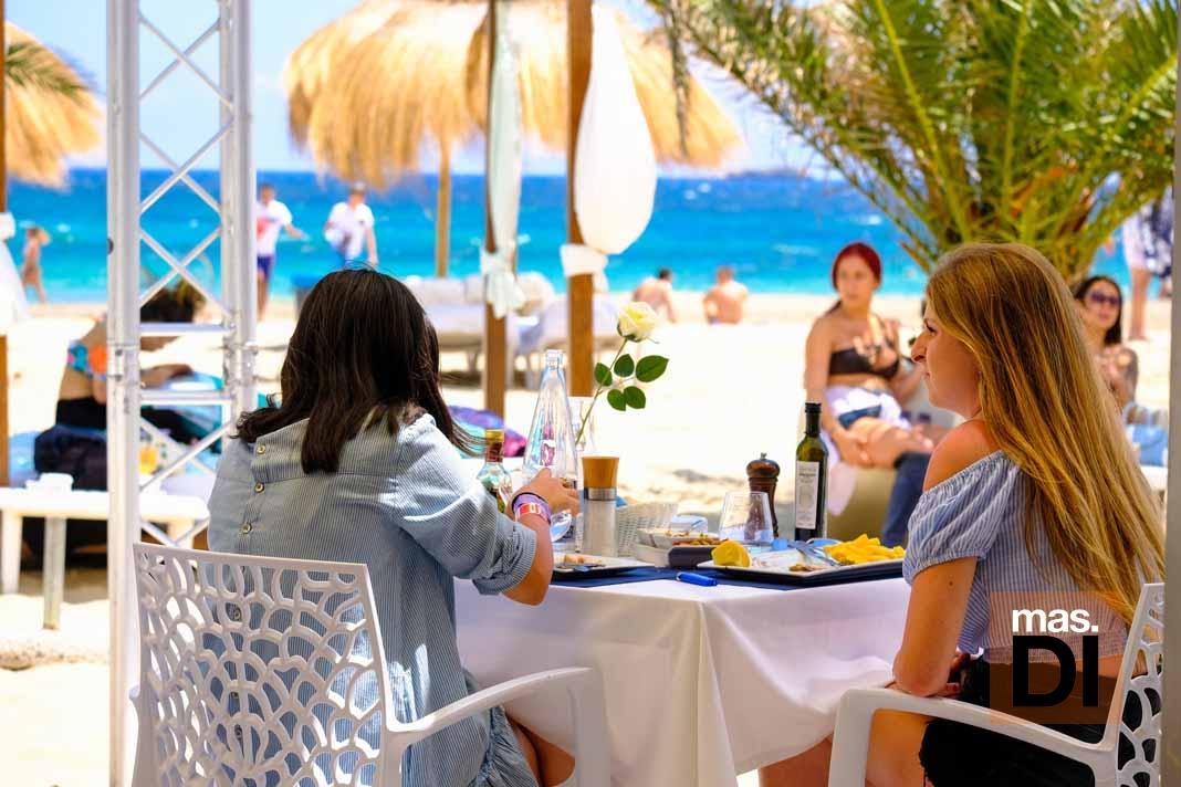 Bali Beach Club Ibiza. Para seguir disfrutando del verano ibicenco