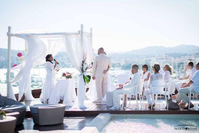 Aguas de Ibiza Lifestyle &Spa. Escenario de ensueño para enamorados
