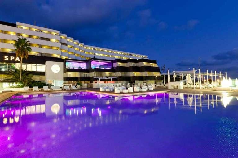 Ibiza Corso hotel & spa. Estilo urbano con vistas de impacto
