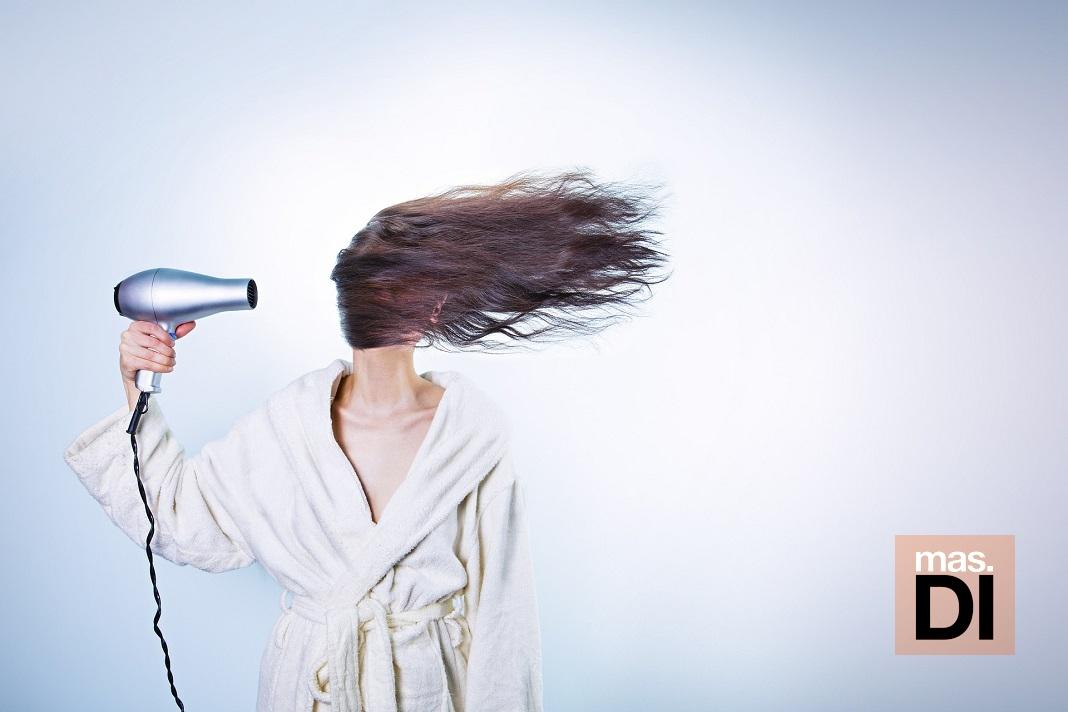 El estrés, la cafeína y el tabaco provocan la caída del cabello