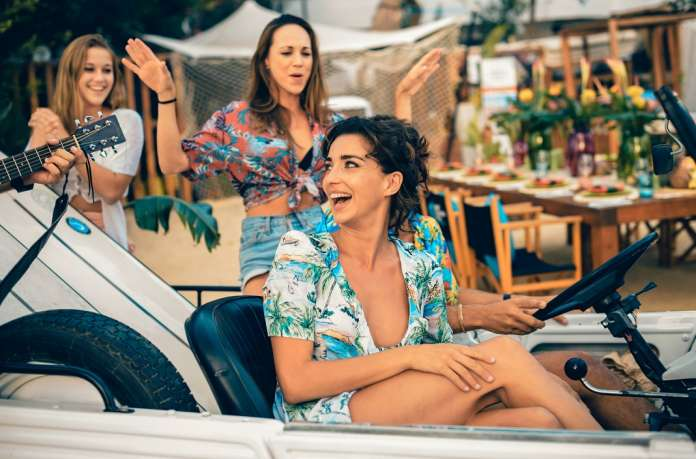 Una jornada divertida para todas las edades en Surf Lounge Ibiza.