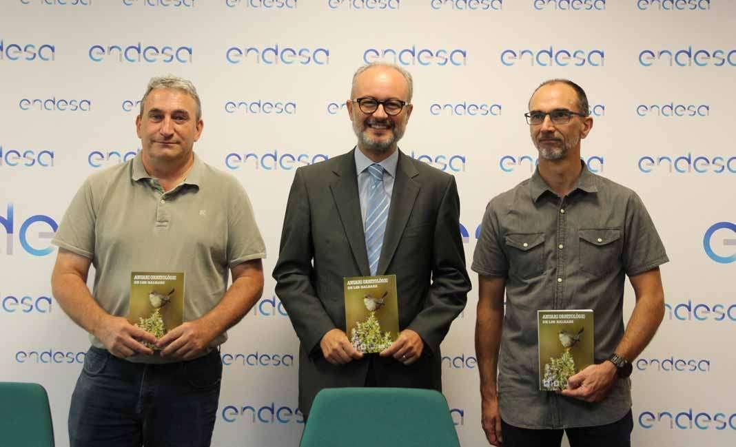 Especies autóctonas. Manuel Suárez, Martí Ribas y Antoni Muñoz en la presentación.