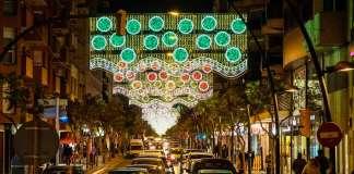 La nueva iluminación de este año es más moderna, segura y adaptada a la ciudad. fotos: Sergio G. Cañizares
