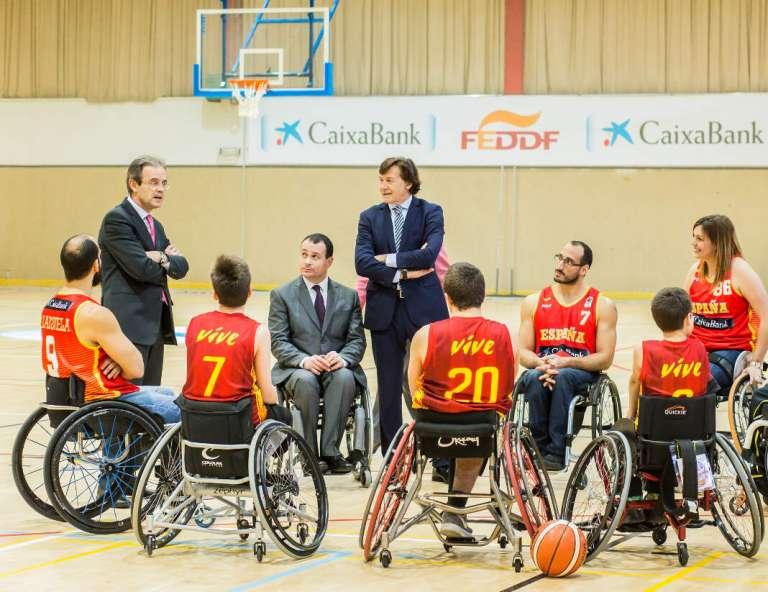 Solidaridad en el baloncesto en silla de ruedas