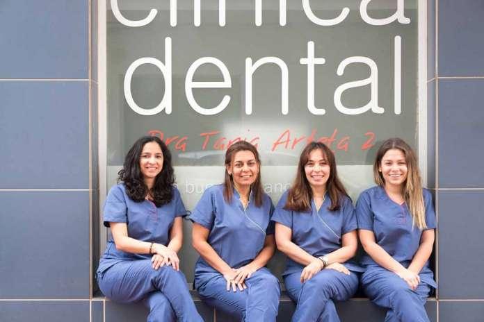 Masticación unilateral. El equipo de Clínica Tania Arteta.
