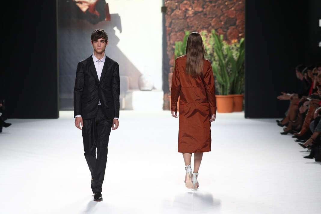 Desfile de Roberto Verino en la Mercedes-Benz Fashion Week 2018. fotos: Europa Press. Moda española