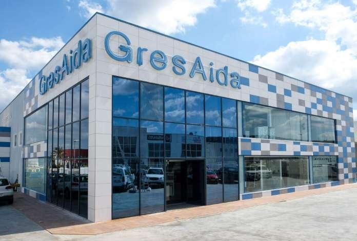 Revestimiento y decoración. GresAida dispone de un 'showroom' de 800 metros cuadrados.
