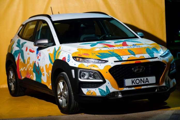 El Hyundai Kona pintado por el artista Jotaká bajo el lema 'Tú lo inspiras'. Fotos: Sergio G. Cañizares