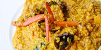 Entre sus platos más destacados se encuentran las carnes, los pescados, arroces y la tradicional paella. Precios asequibles para comer en Ibiza.