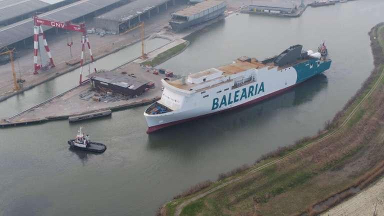 El primer buque propulsado por gas natural del Mediterráneo