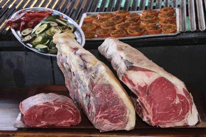 restaurante-grill Moorea. Piezas de carne de primera calidad. foto: sergio g. cañizares