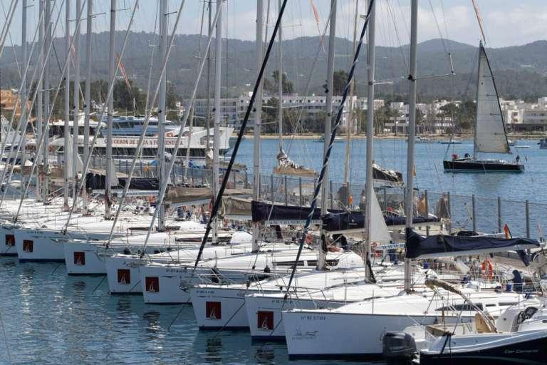 Club Nàutic Sant Antoni. Diez años consecutivos como meta de la regata