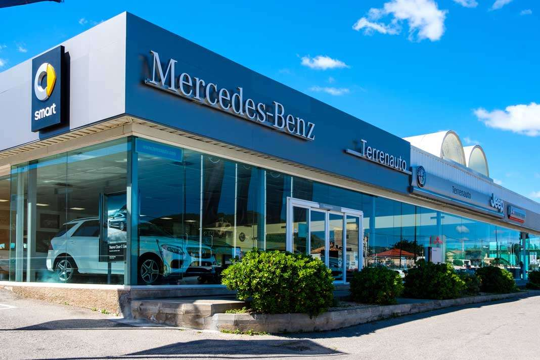 Mercedes-Benz en Ibiza. El concesionario de Terrenauto se encuentra en la Avenida Sant Josep de sa Talaia, 55 en Ibiza. fotos: sergio g. cañizares