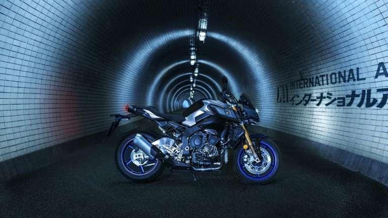 Yamaha. La oscuridad está de moda