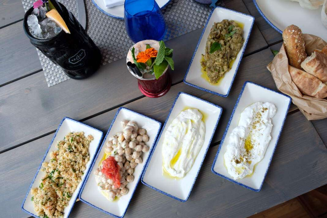 Chiringuito Blue Ibiza, restuarnate, beach club