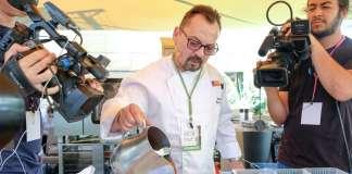 Moisés Machado, en el Foro de Gastronomía del Mediterráneo. V. Marí
