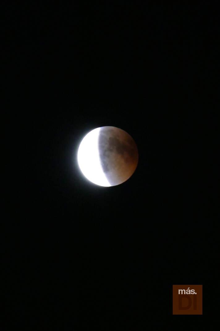 Una noche para disfrutar del eclipse