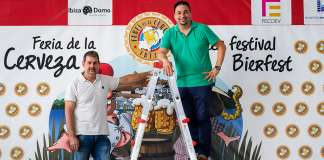 Miguel Ángel Serra y Joaquín Ibarra, fundadores de la Feria de la Cerveza de Ibiza. Fotos: Sergio G. cañizares