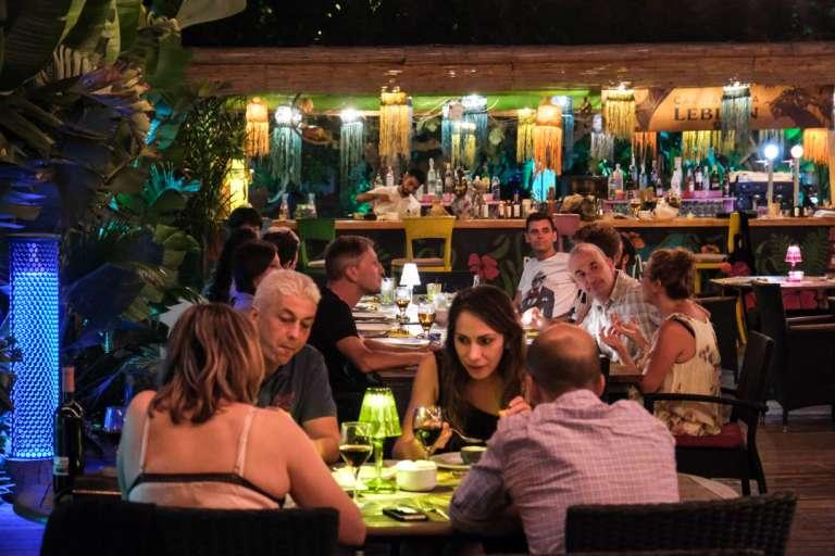 Ambiente y gastronomía 'brasileira' en Ibiza