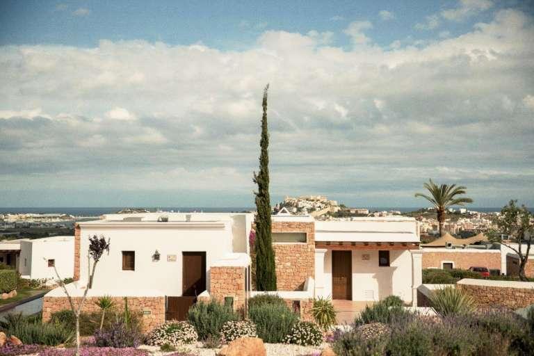 Casa Maca reinventa el invierno en Ibiza