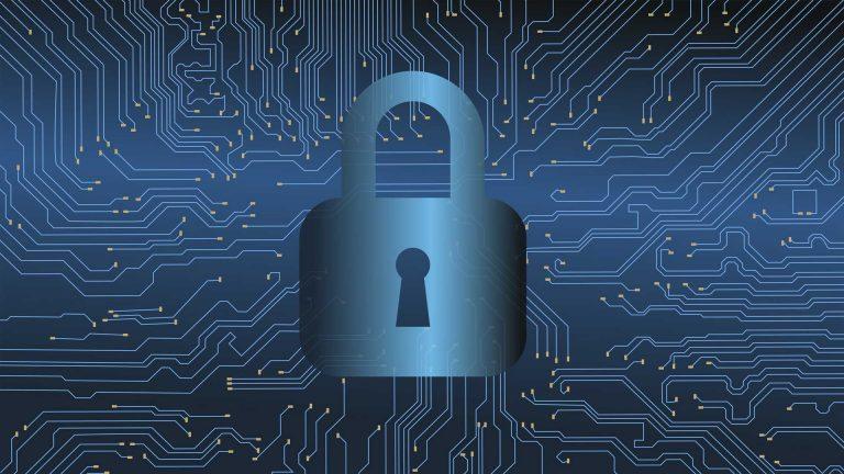 Once ciberataques al día en las islas