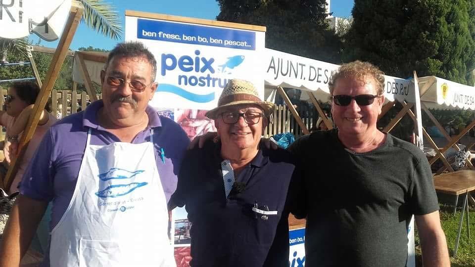Junto a Benítez y Manuel Barahona en un acto de Peix Nostrum. Archivo personal