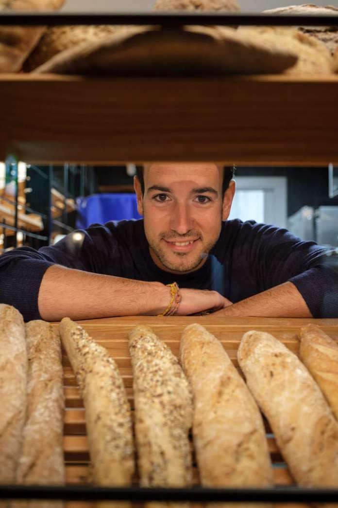 Toni Riera es el propietario y fundador de Harinus. Fotos: Sergio G. Cañizares