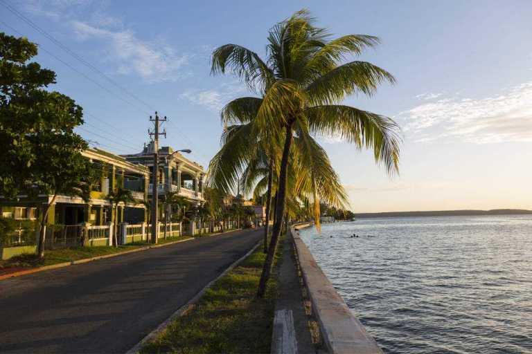 Navegar hasta Cuba