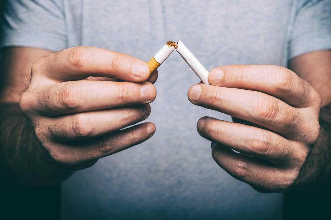 En enero hay mucha gente que busca dejar de fumar.
