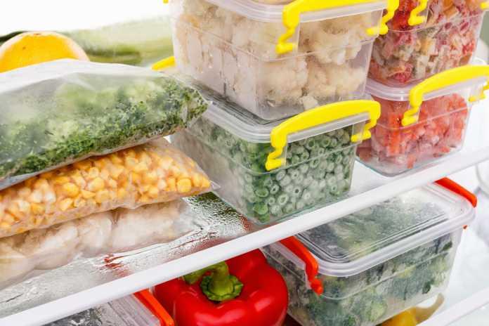 Se recomienda tener suficiente espacio en el congelador para guardar la comida de Navidad. Foto: shutterstock