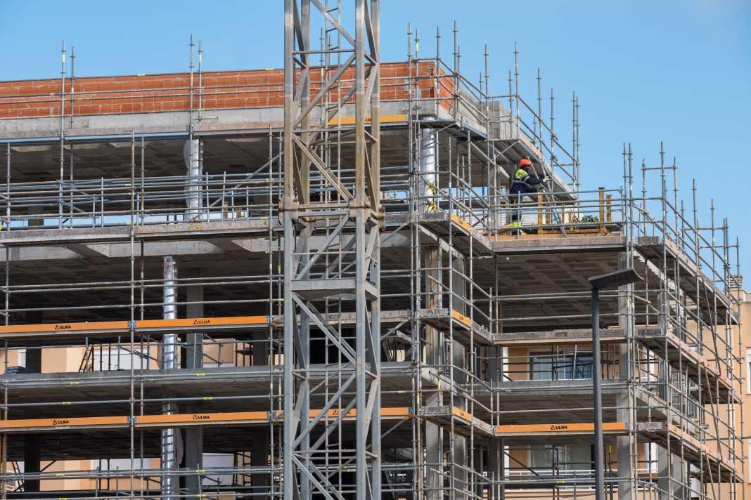 La construcción es el cuarto sector productivo en las Islas.
