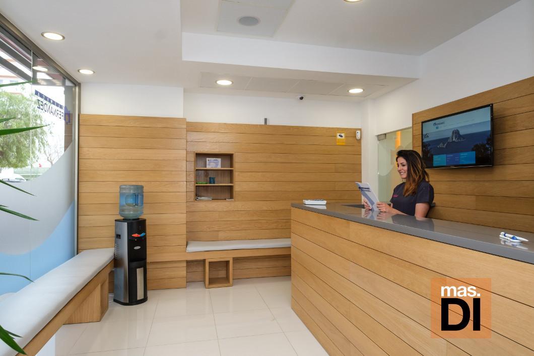 El centro de estética dental y ortodoncia en Fray Vicente Nicolau.