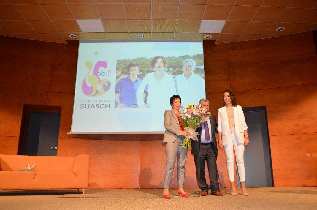 Distribuciones Guasch cumple 50 en Ibiza