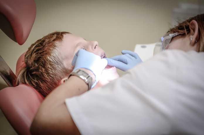 En España el 40% de los dientes con caries está sin tratar, según los últimos estudios. Foto: Pixabay