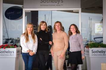 Sotheby's International Realty hombres y mujeres tienen las mismas oportunidades de crecimiento en sus respectivas carreras profesionales.
