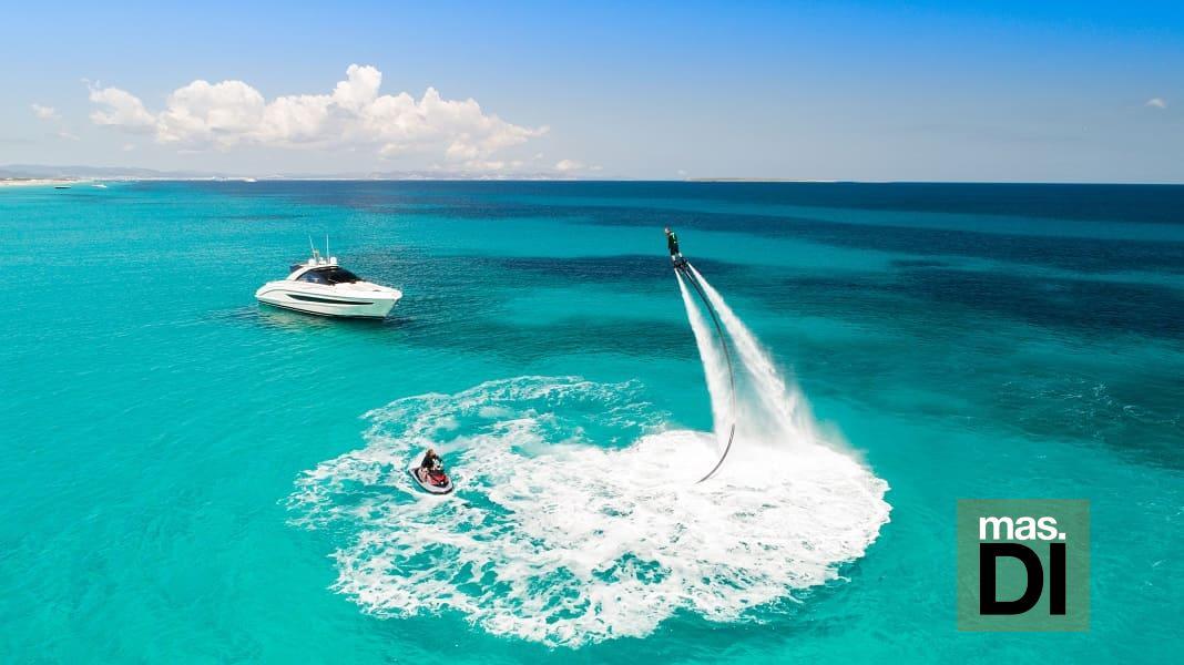Smart Charter Ibiza expone sus barcos de alquiler y venta