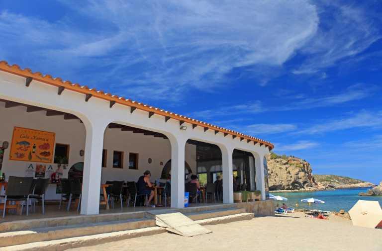 Auténtica gastronomía local en el paraíso de Xarraca