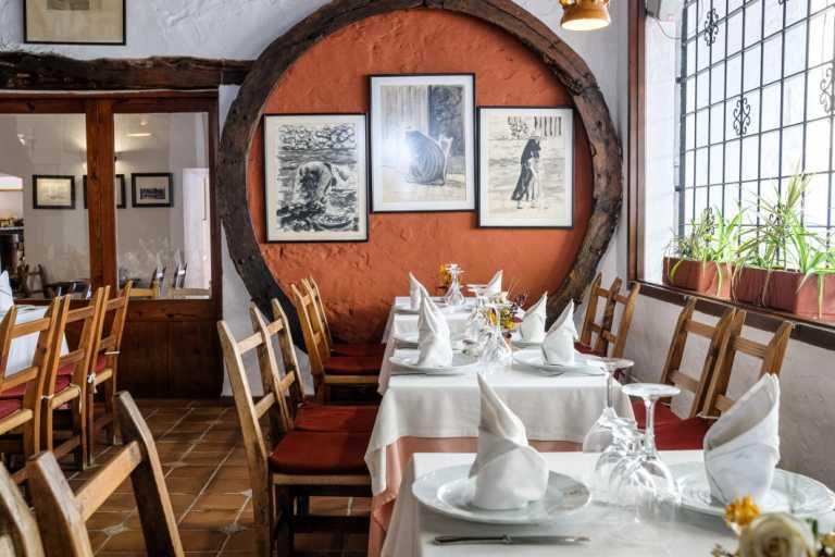 Un restaurante emblemático  de Ibiza con medio siglo de buena cocina