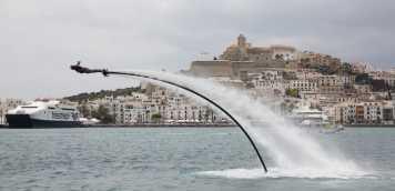 La náutica exhibe sus novedades en Santa Eulària