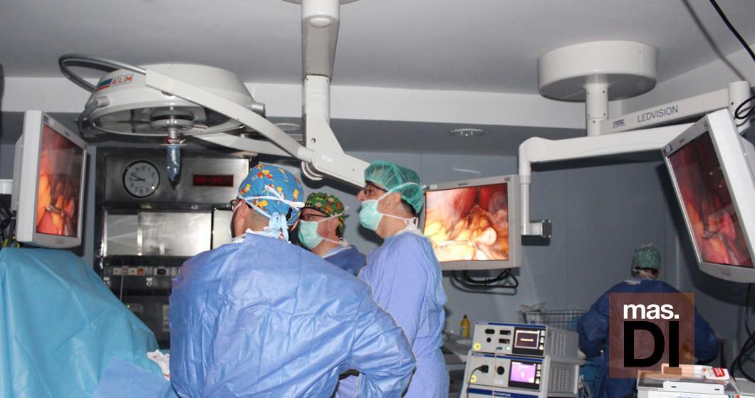 como se realiza la operacion de hernia de hiato