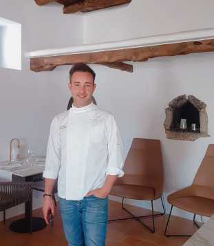 El chef Albert Morán se encuentra al frente de la cocina del restaurante.