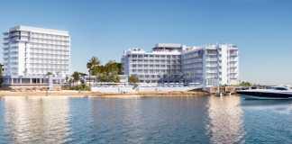 El hotel solo para adultos se encuentra ubicado en la bahía de Sant Antoni, en Cala de Bou, y ofrece unas espectaculares vistas y atardeceres.