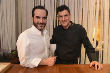 Los dos cocineros protagonistas.