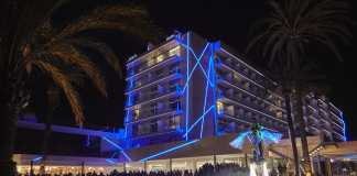 Espectacular fachada del renovado hotel de categoría cuatro estrellas superior de es Viver.