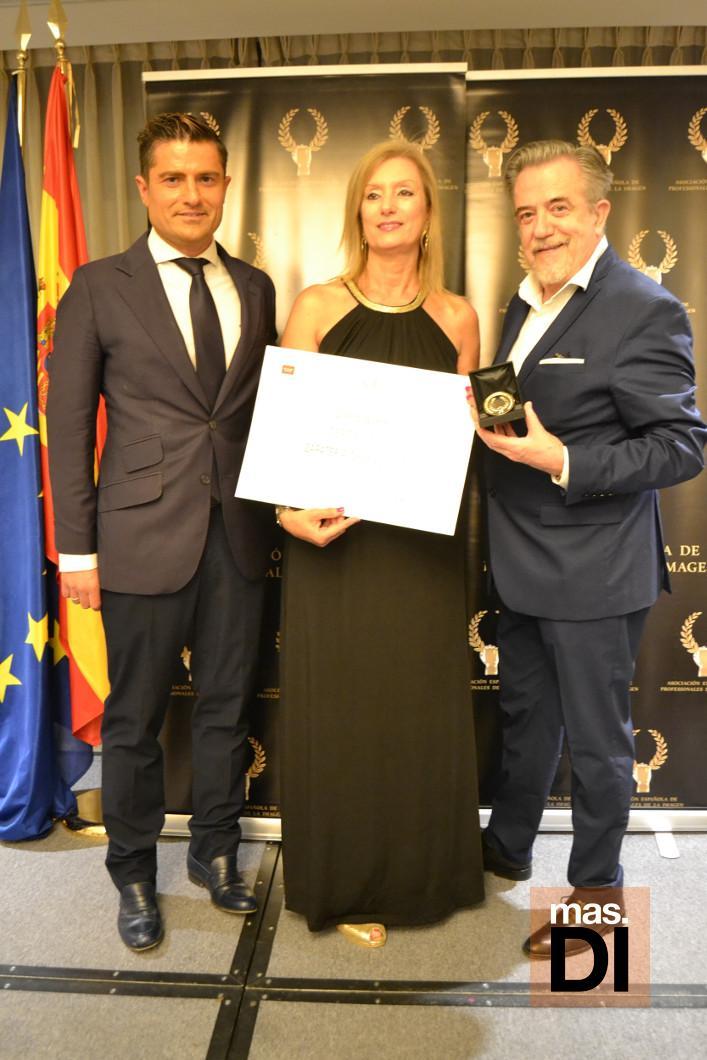 La zapatería Charol de Ibiza, Medalla de Oro de la Asociación Española de la Imagen