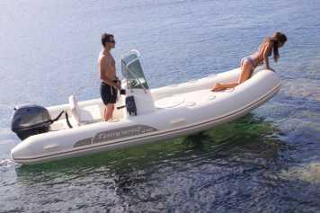 La mejor flota de alquiler de barcos en Ibiza