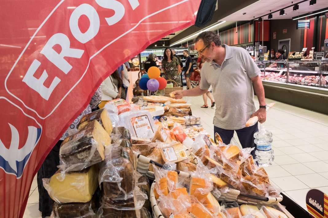 El supermercado tiene entre sus objetivos el apoyo a los productores locales.