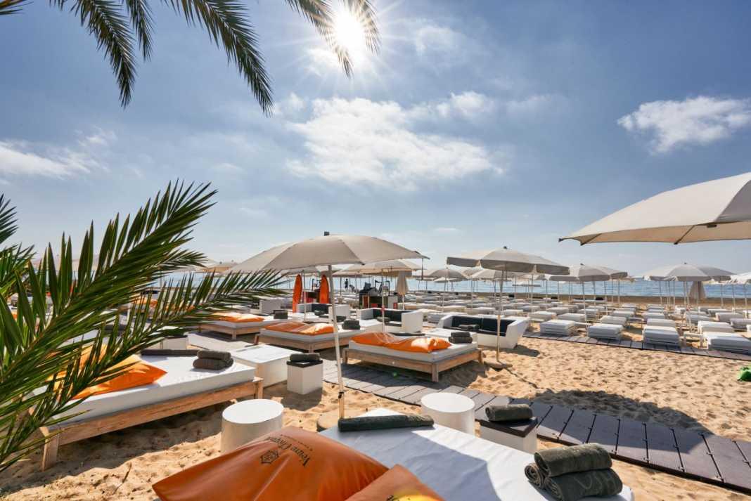 Los mayores placeres junto al mar Mediterráneo en The Beach by Ushuaïa Ibiza