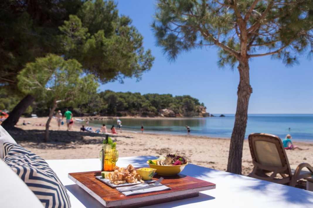 Los nuevos inversores  marcan el rumbo  de la gastronomía de playa | másDI - Magazine