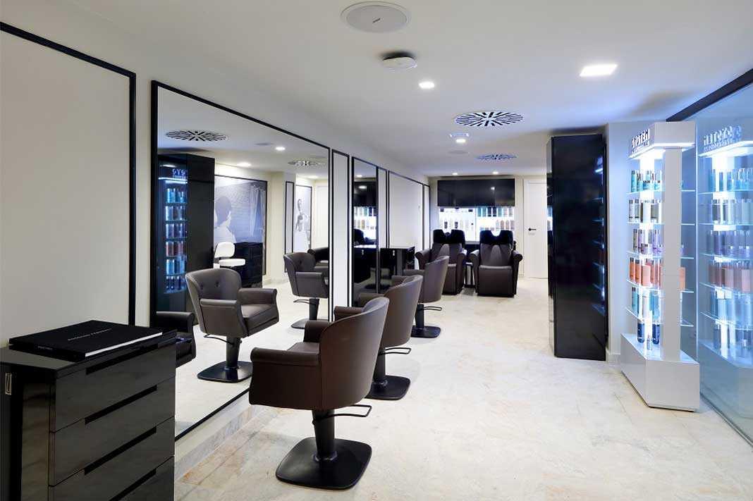 El salón de belleza ofrece todo tipo de servicios para el cuidado del cabello. Bless Hotel Ibiza